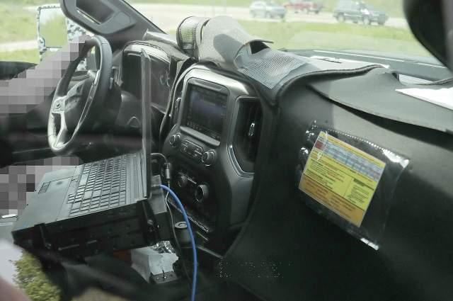 2020 Chevy Silverado 3500 HD interior