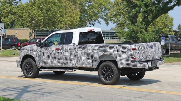 2020 Ford Super Duty Will Get A Massive Gas Powered 7 3l V8 Wheels Ca