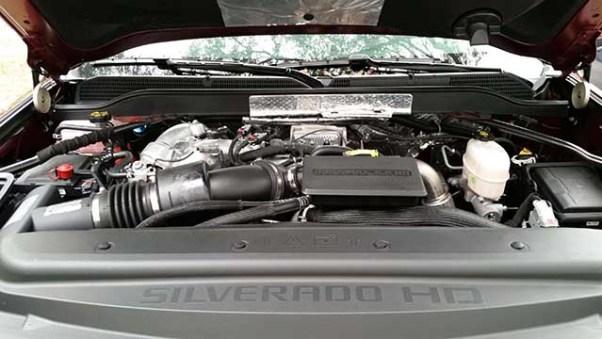 2020 Chevy Silverado 3500HD duramax diesel engine