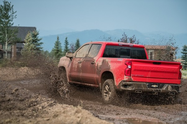 2020 Chevy Silverado Z71 dirt