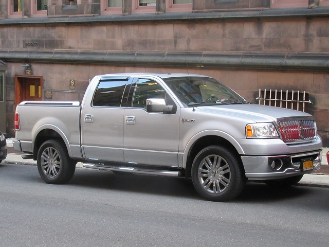 Lincoln Mark LT in 2006