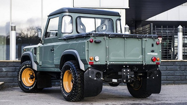 2022 Land Rover pickup truck