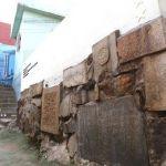 「手を抜いたお墓の作りが許せなかった」約60基の墓石を倒す 31歳無職の男を逮捕
