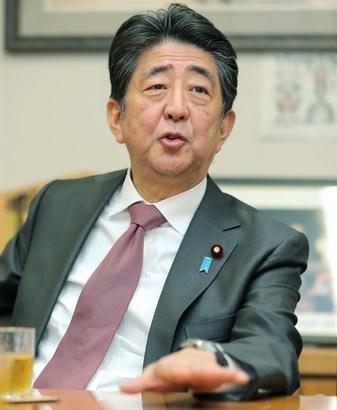 【悲報】日本政府さん、新型コロナ感染拡大を国民のせいにしてしまう