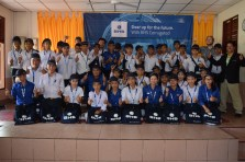 Thumbs up for a new chapter in the lives of 44 new students: Vocational training at the Lao-German Technical College in Vientiane, supported by BHS Corrugated