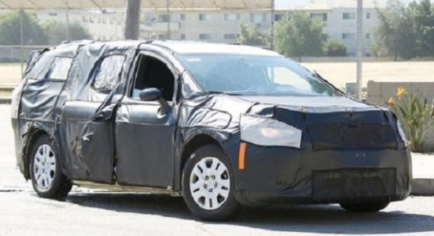 2019 Dodge Grand Caravan spy shots
