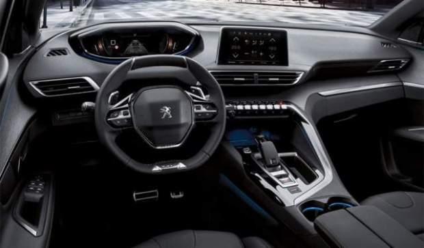 2019 Peugeot 5008 interior