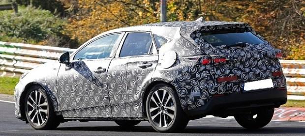 2019 Toyota Prius V Wagon rear view