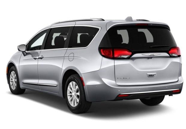Chrysler Pacifica rear