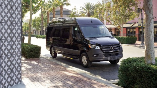 2021 Mercedes-Benz Sprinter exterior