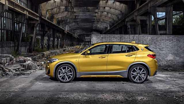 2019 BMW X2 side view
