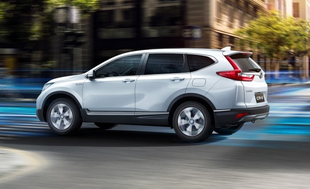 2019 Honda CR-V side view