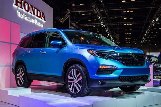2020 Honda Pilot Hybrid front view