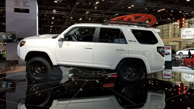 2020 Toyota 4runner side view