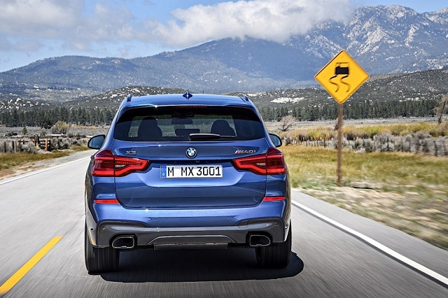 2020 BMW X3 rear view