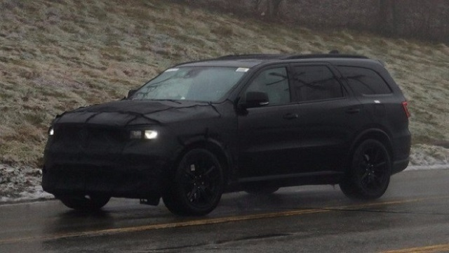 2020 Dodge Journey spy shots