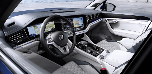 2020 VW Tiguan interior