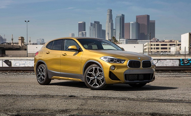 2020 BMW X2 side view