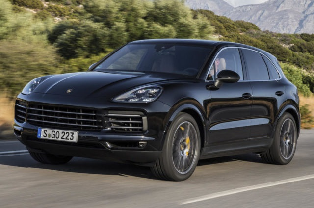 2020 Porsche Cayenne Coupe front view