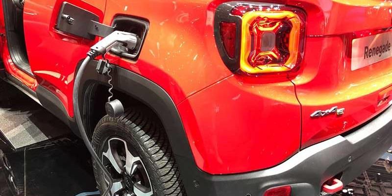 2020 Jeep Renegade Hybrid debut