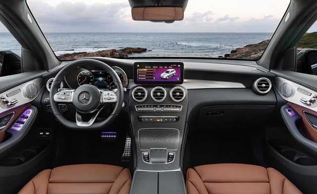 2020 Mercedes - Benz GLC interior