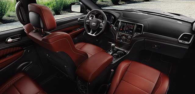 2020 Jeep Grand Cherokee SRT interior