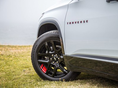 2020 Chevy Traverse Redline edition