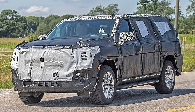 2021 GMC Yukon spy photos