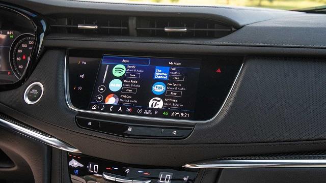 2021 Cadillac XT5 cue system