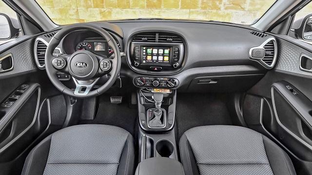2021 Kia Soul interior