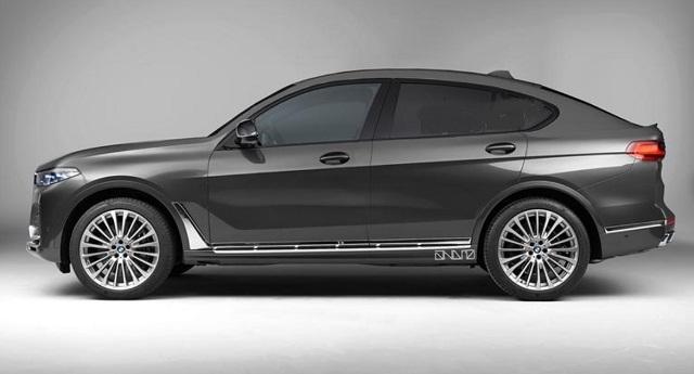 2021 BMW X8 side