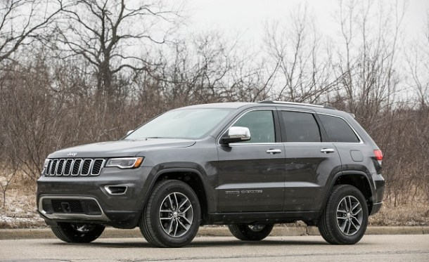 2019 Jeep Grand Cherokee front