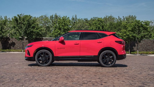 2020 Chevrolet Blazer side view