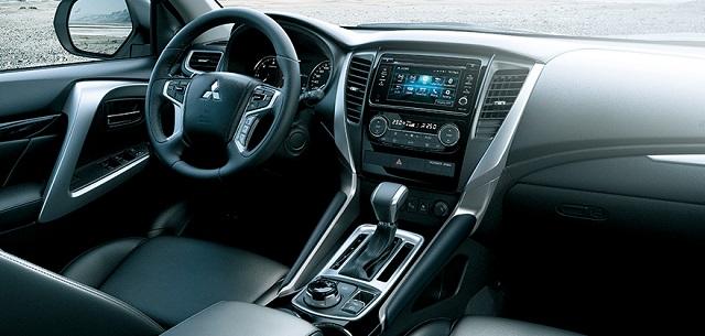 2019 Mitsubishi Montero Sport interior