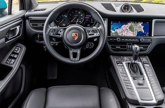 2020-Porsche-Macan-Interior