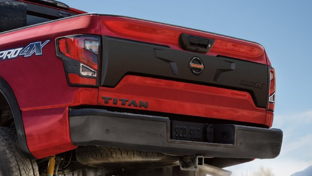 2021-Nissan-Titan-Configurations