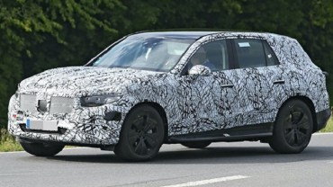 2022 Mercedes-Benz GLC Spy shot