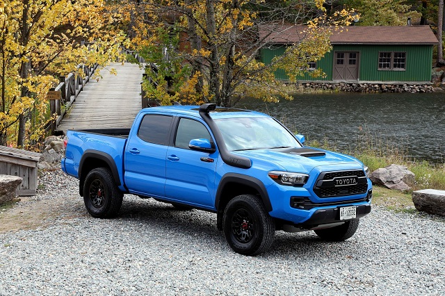 2020 Toyota Tacoma colors Voodoo Blue