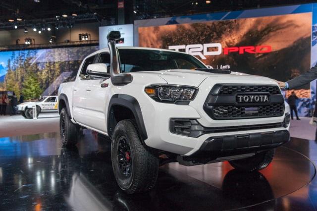 2020 Toyota Tacoma TRD Pro vs Chevy Colorado ZR2