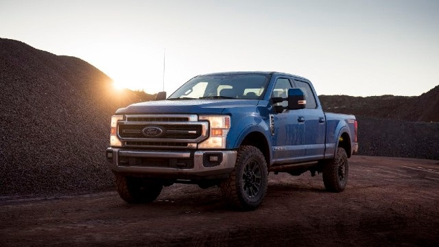 2021 Ford F-250 Raptor featured