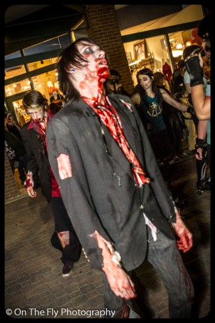 2012-10-20-0149-foco-zombie-crawl
