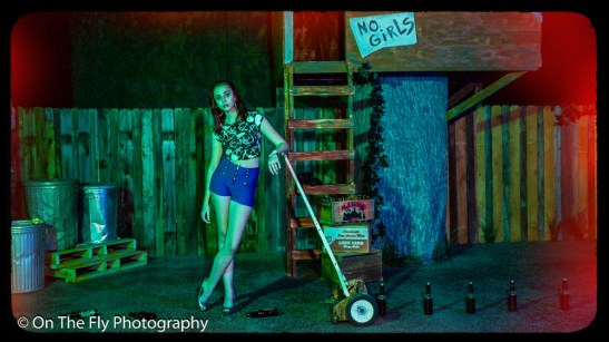 2014-12-02-0107-Midnight-At-The-Treehouse-exposure