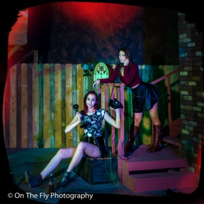 2014-12-02-0220-Midnight-At-The-Treehouse-exposure