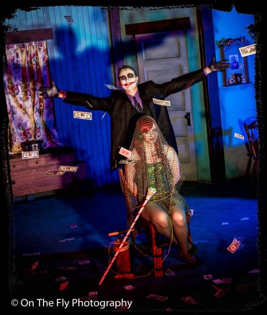 2015-04-06-0172-Poison-Ivy-and-Joker-exposure