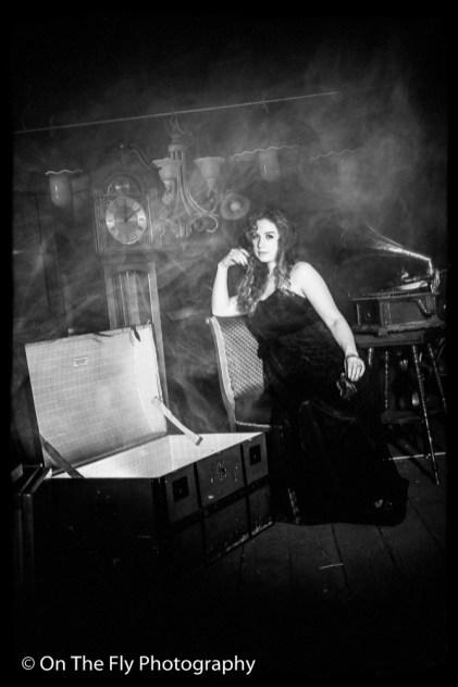 2014-08-27-0016-Smoke-in-the-Attic-exposure