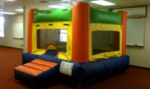 10Fun Indoor Out Bounce House Orange