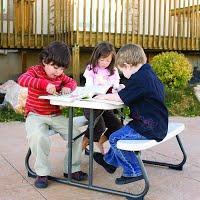 4Kids Picnic table