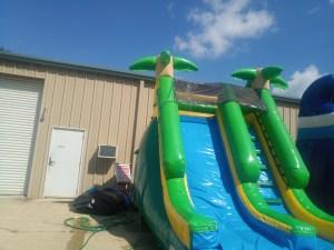 9Paradise Plunge Wet Dry slide