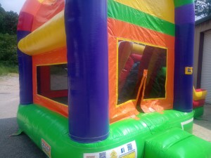 10Over the Rainbow bounce house combo