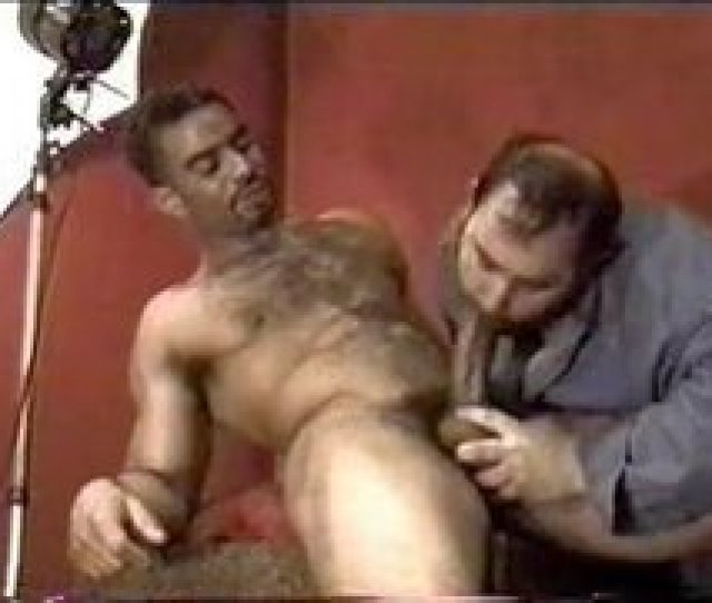 Gay Hairy Muscle Porn  C2 B7 The New Cock Model